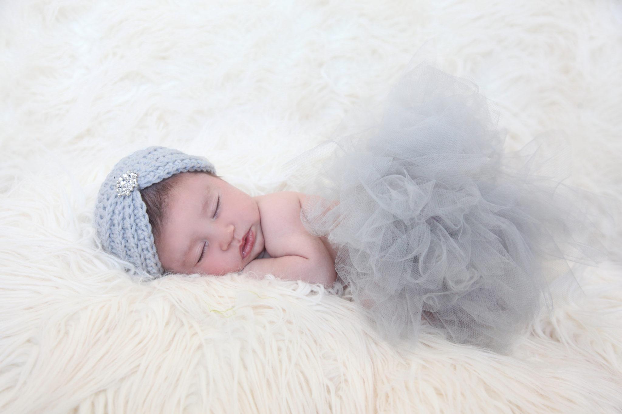 From Web Folder — Liv Newborn Gallery_180