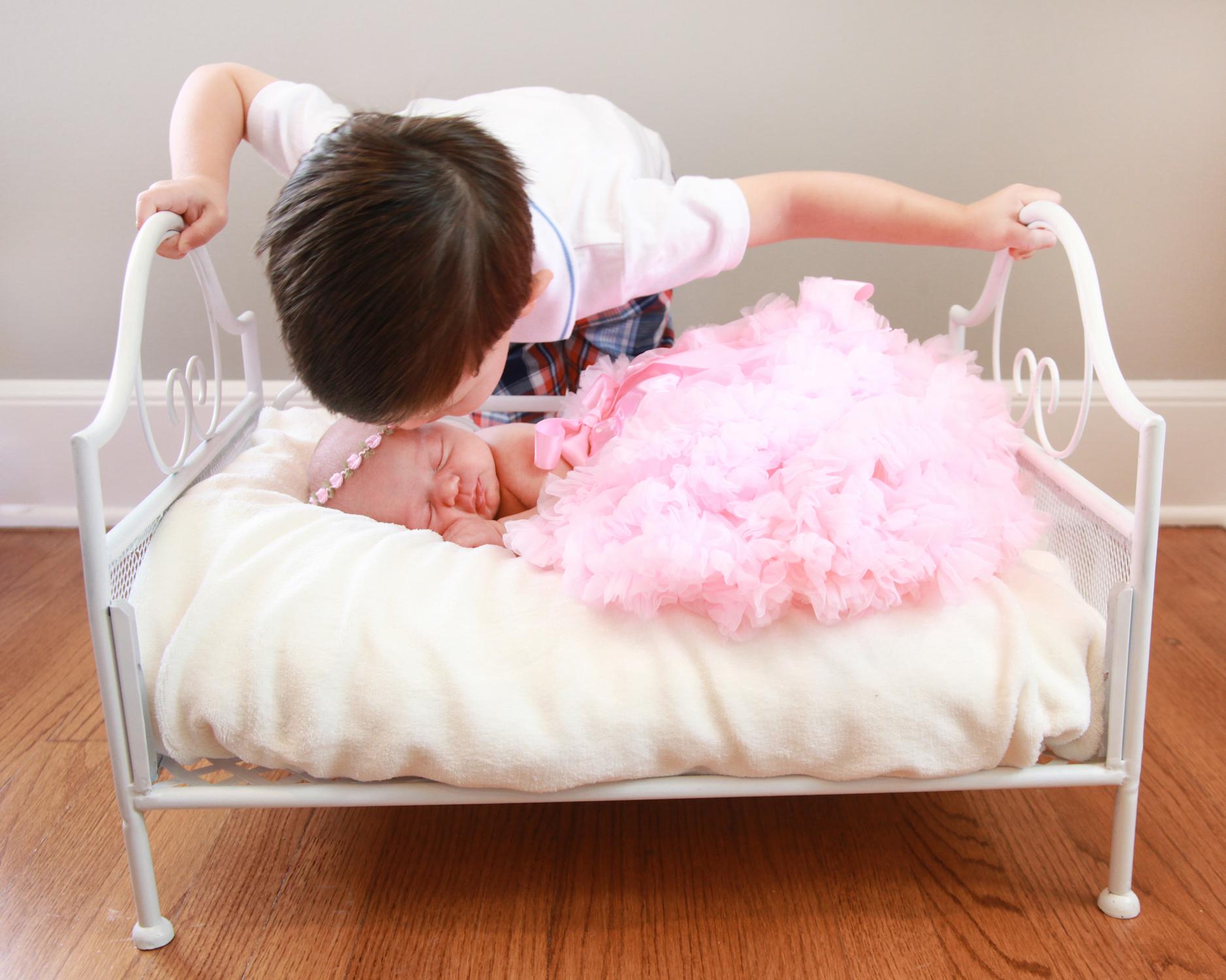 Vivian's Newborn Photos_233